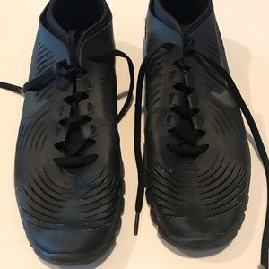 Nike woman's shoes in faux leather